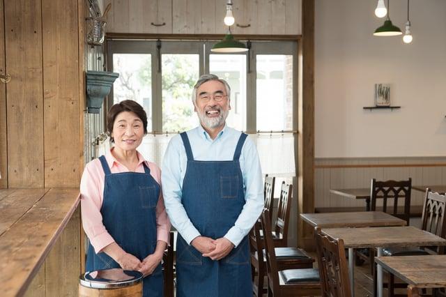 自営業の老夫婦