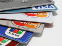 知ってナルホド!クレジットカードとデビットカードの違いとは?